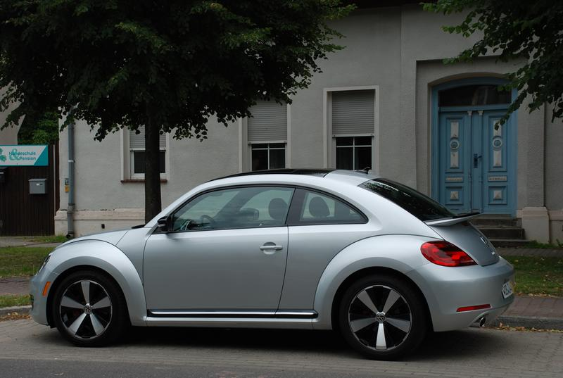 First Drive: 2012 Volkswagen Beetle auto articles videos reviews volkswagen first drives
